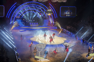 Sonalyst Goes All Robe for Strictly Live